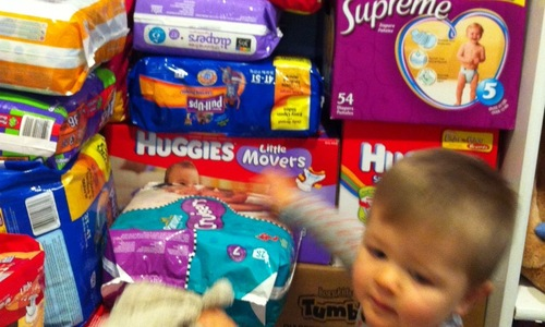 Dcdb-photo-diapers-collected-youngest-volunteer1